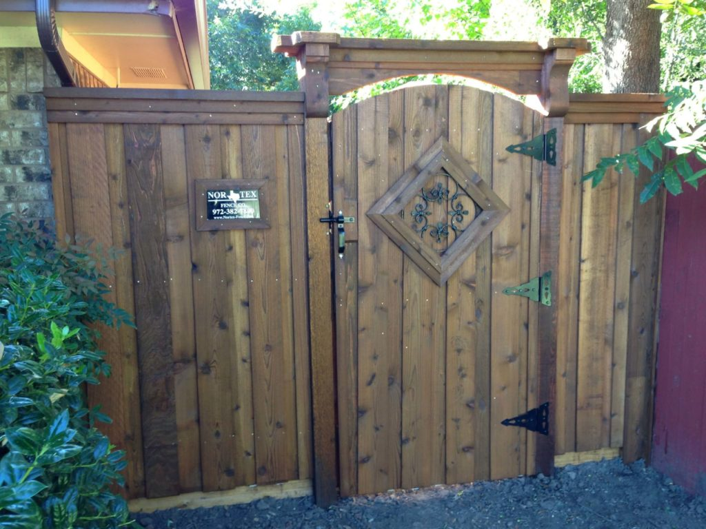 custom gate with corbels