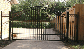 swing gate iron